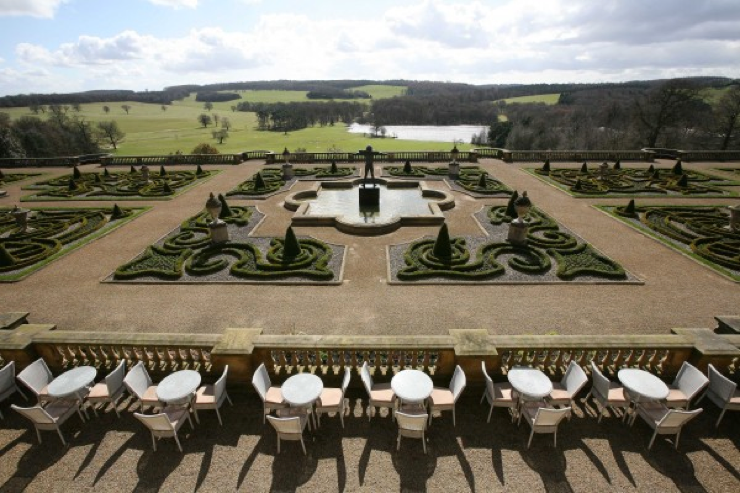 Sophisticated Georgian design and rolling parkland at Harewood House