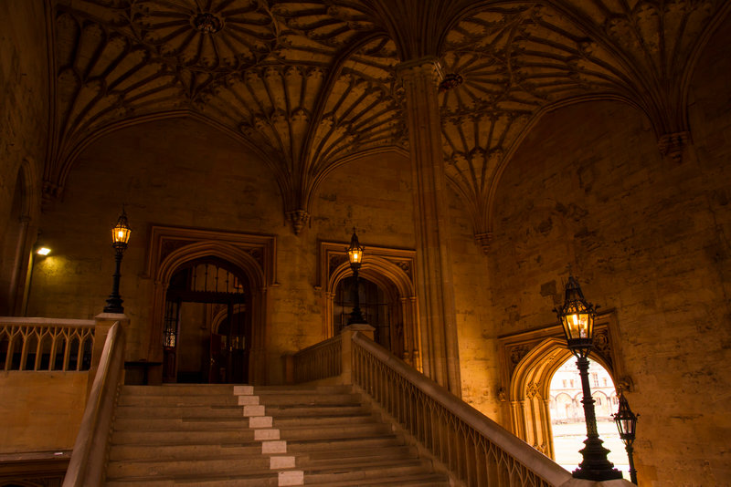 See the inspiration for Hogwarts' staircases in Christ Church College, Oxford