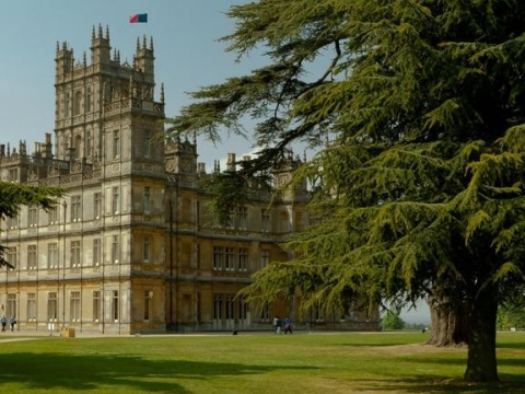 Take a tour of the magnificent Highclere Castle, the fictional home of the Crawley family
