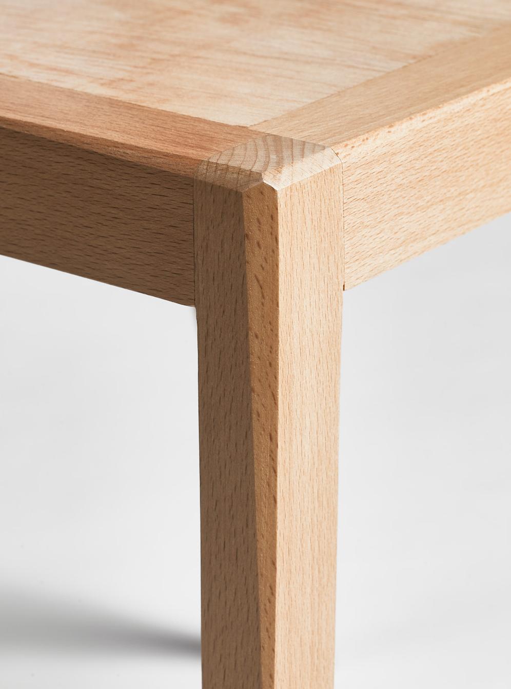 détail chaise hêtre