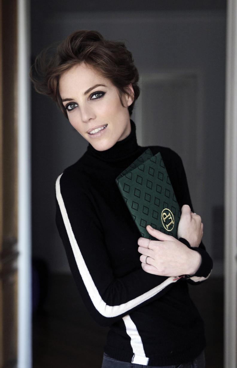 Claudine Handbags in Coma Store
