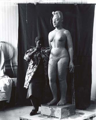 Selma slaying all day in her studio. (Image: Smithsonian American Art Museum)