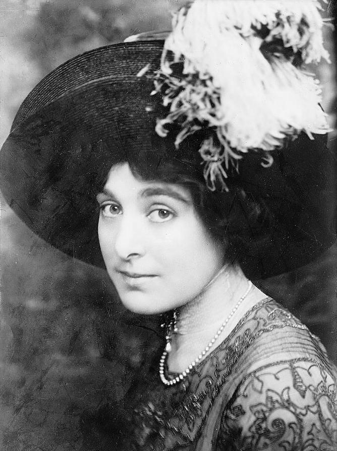 Harriet's lady love Louisa (Wiki)