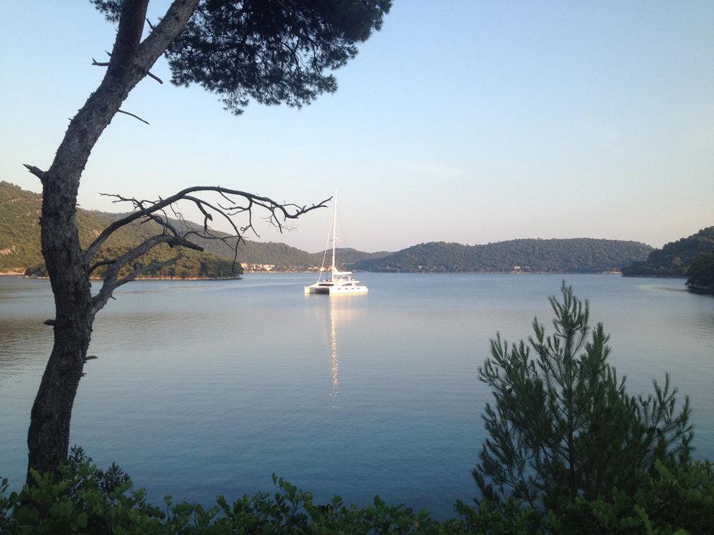 kings-ransom-catamaran-calm.jpg