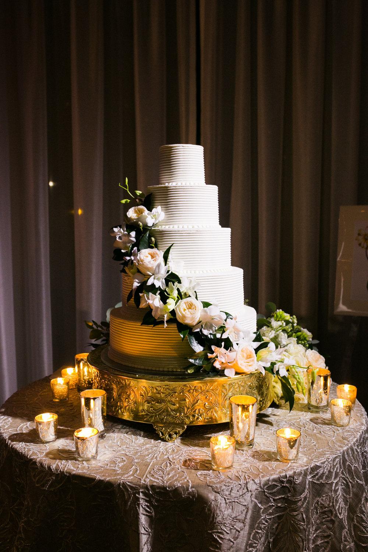 0035__Hotel_Zaza_Houston_Wedding_Photography_Hoffer.jpg