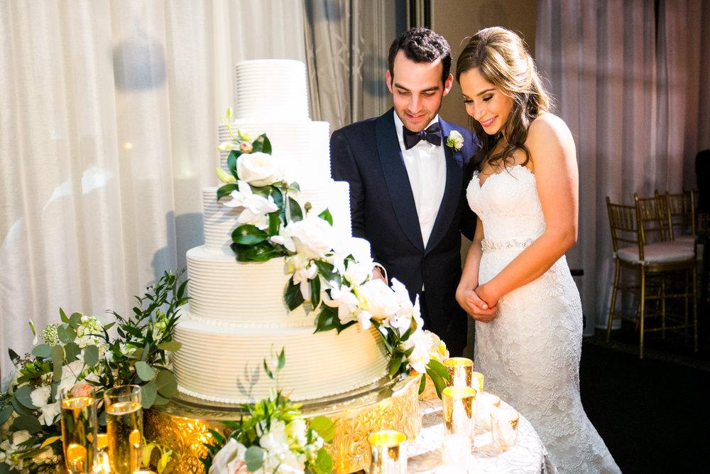 0058__Hotel_Zaza_Houston_Wedding_Photography_Hoffer.jpg