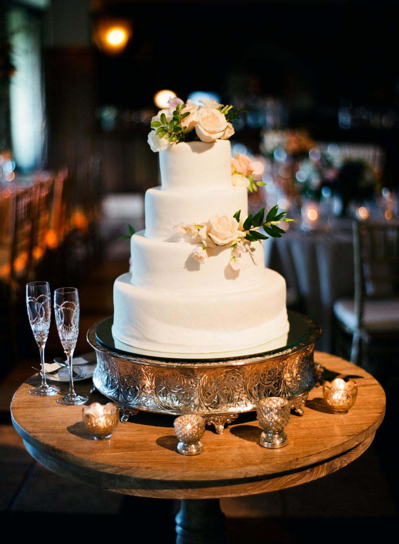 0009__Woodlands_Wedding_Carlton_Woods_Club.jpg