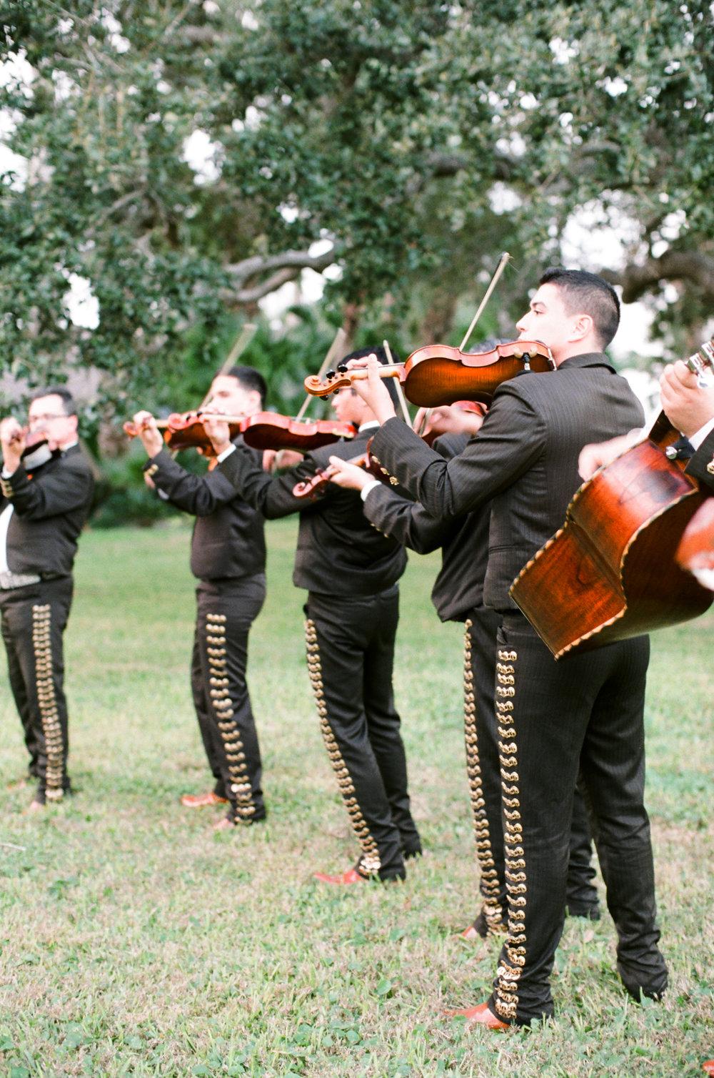0012_Texas_Ranch_Wedding_Photographer.jpg