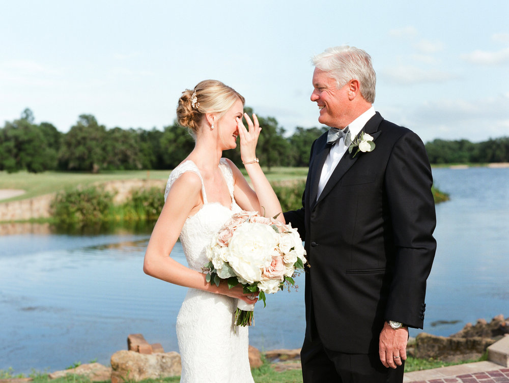 0024_Houston_Oaks_Country_Club_Wedding_Brock.jpg