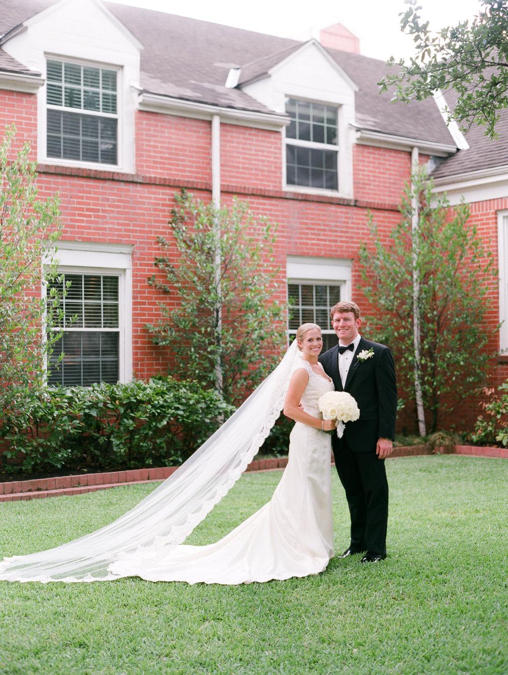 0021_West_University_United_Methodist_Wedding.jpg