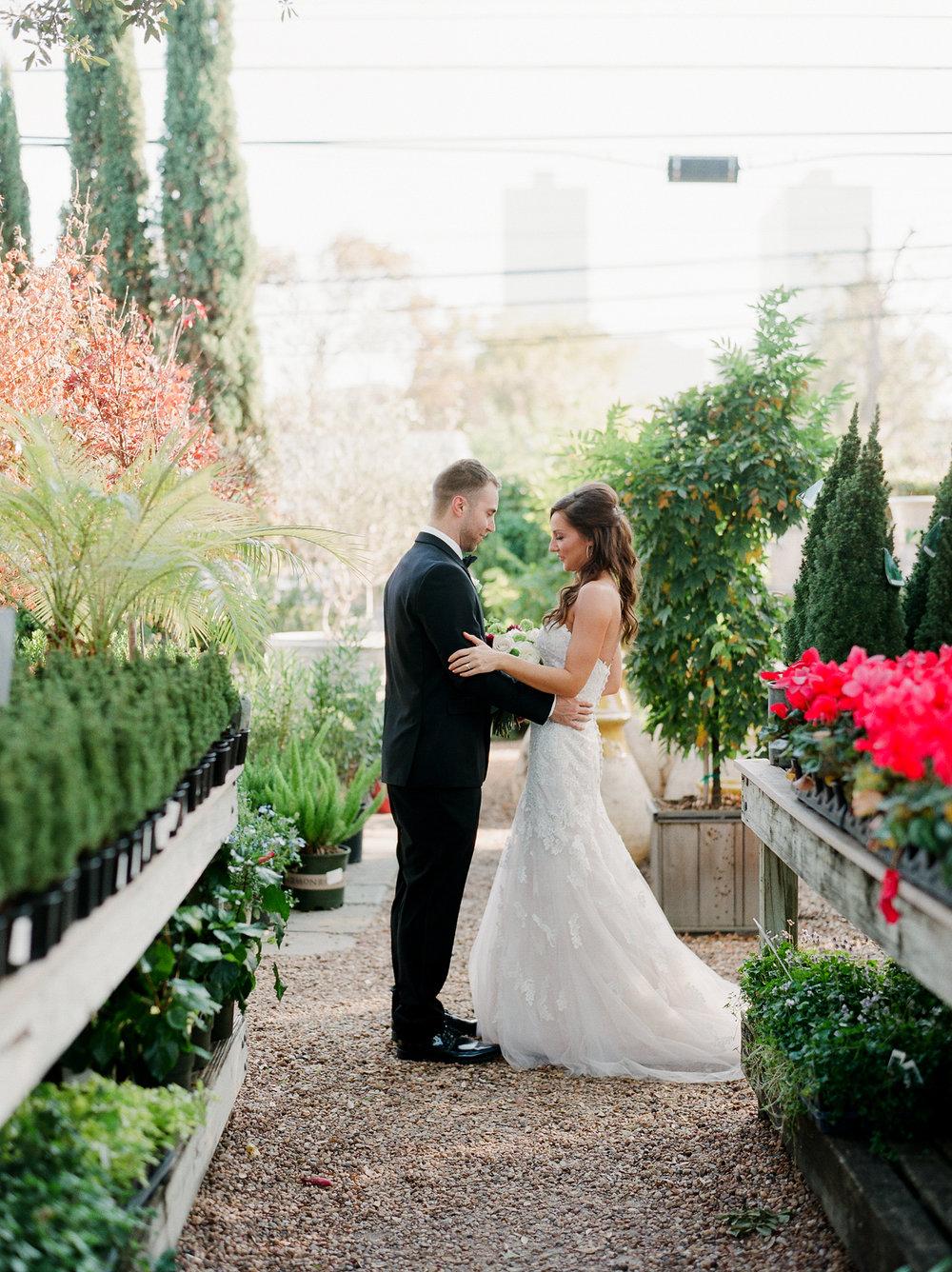 0021_Tiny_Boxwoods_Wedding_Houston_Photographer.jpg