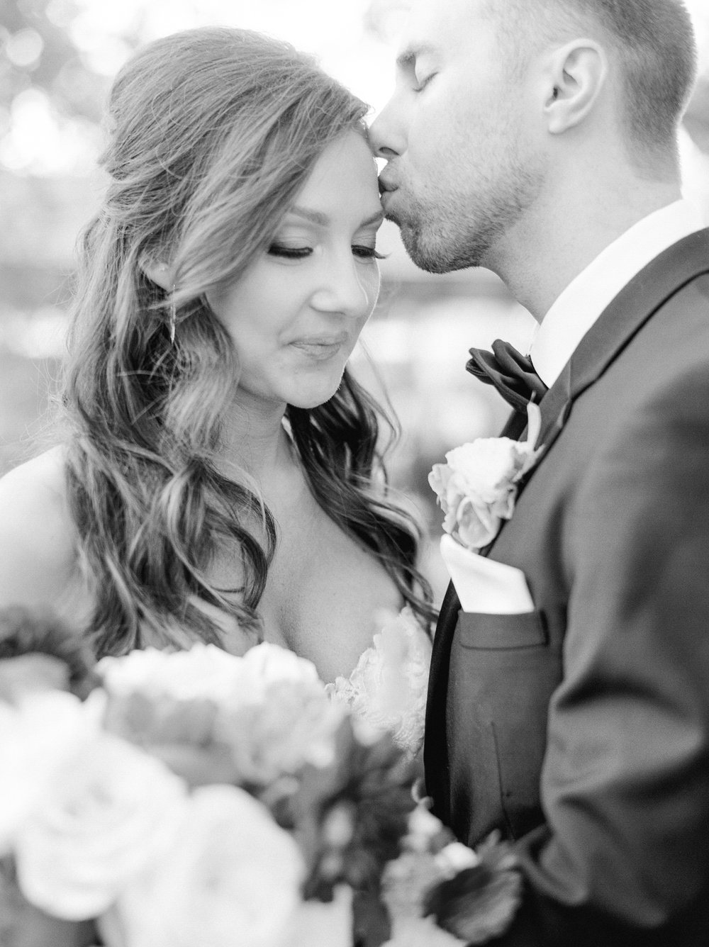 0026_Tiny_Boxwoods_Wedding_Houston_Photographer.jpg
