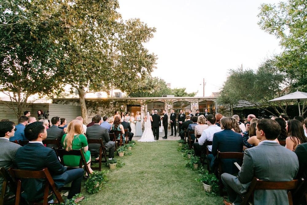 0039_Tiny_Boxwoods_Wedding_Houston_Photographer.jpg