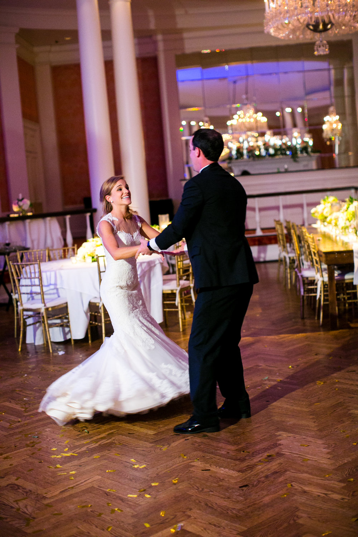 0058_Houston_Country_Club_Wedding_Photographer.jpg