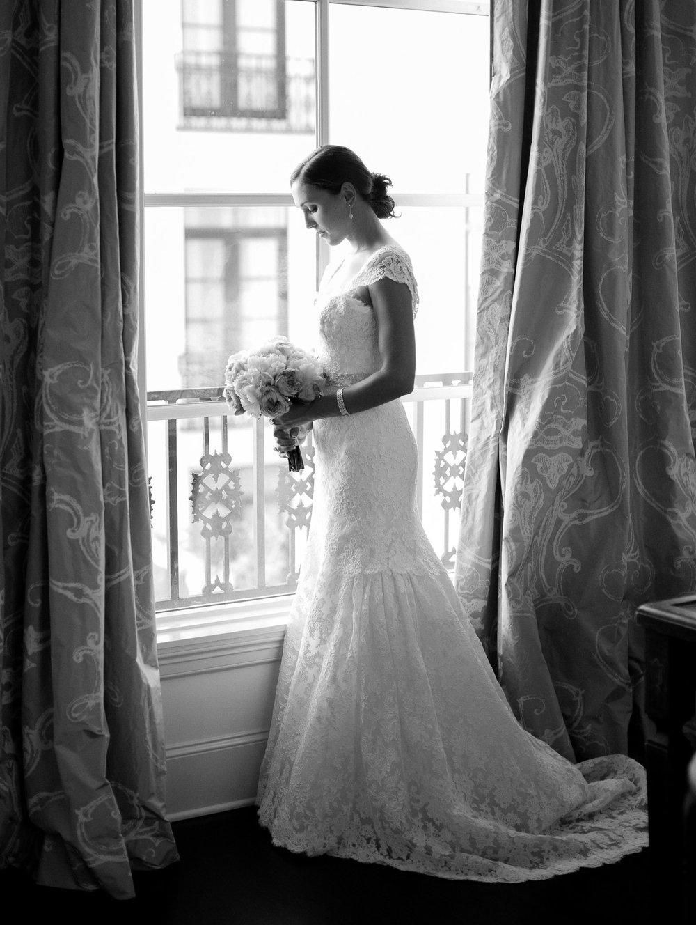 0022_0020_Houston-Film-Bridal-Black-and-White-Portrait.jpg