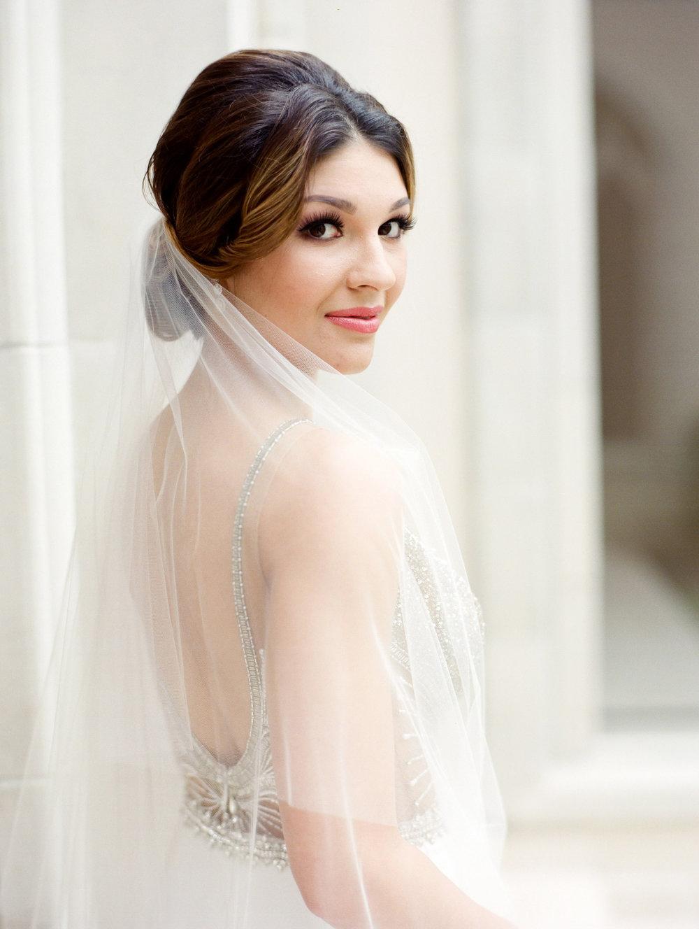 0026_0021_Houston-Chateau-Cocomar-Bridal-Portrait.jpg