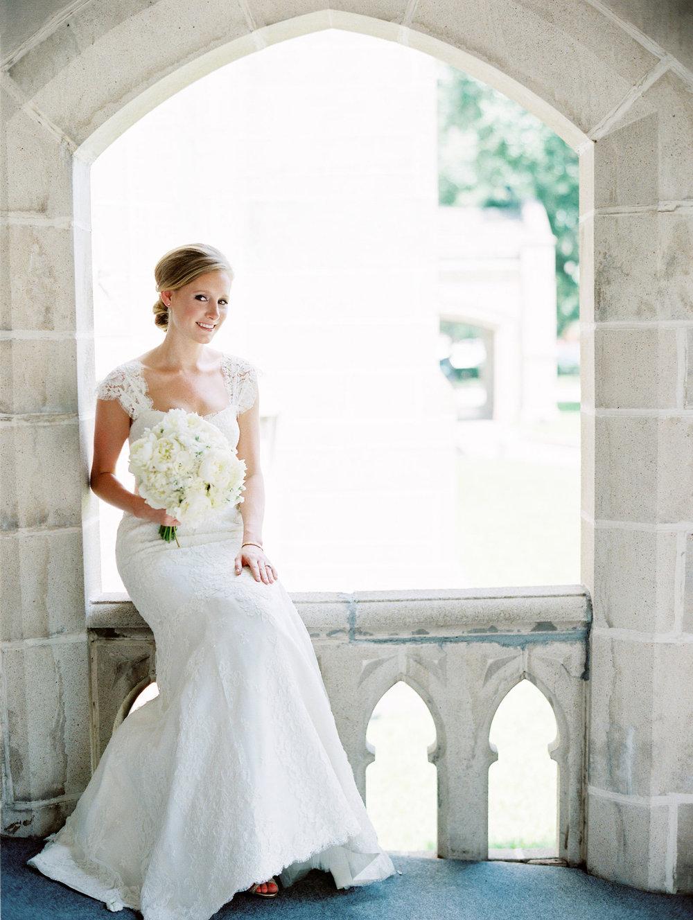 0047_0054_Houston-St-Pauls-United-Methodist-Wedding-Film-Bridal-Photographer.jpg