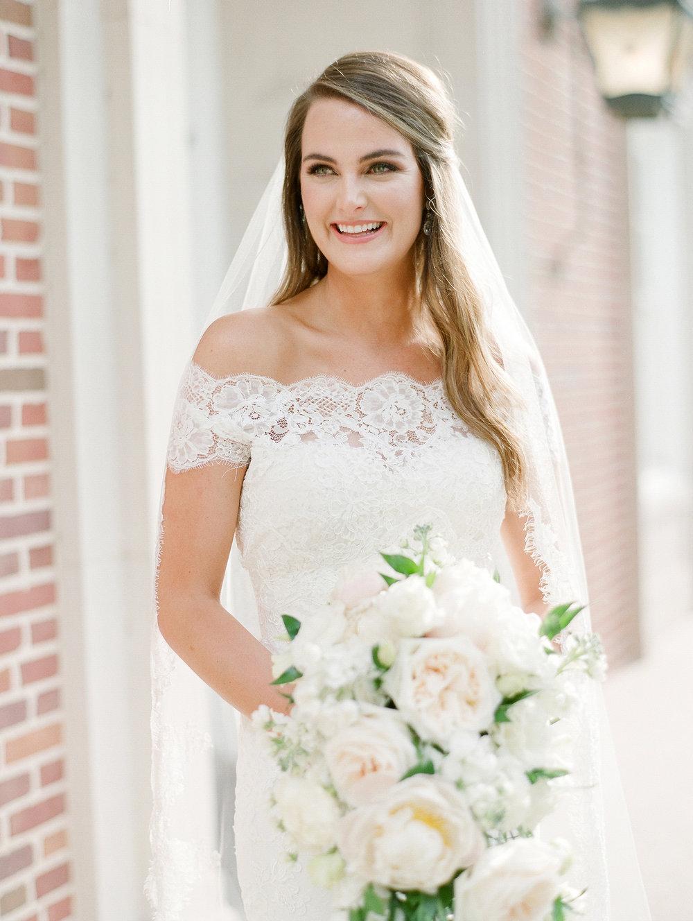 0048_0108__StLukes_Texas_Film_Wedding_Photographer.jpg