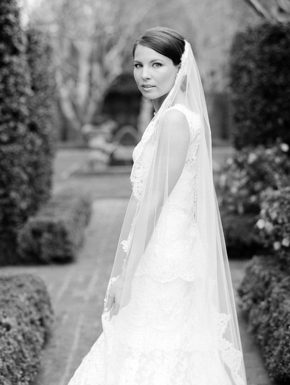 0084_0014_Houston-Film-Bridal-River-Oaks-Garden-Club-Wedding-Photographer.jpg