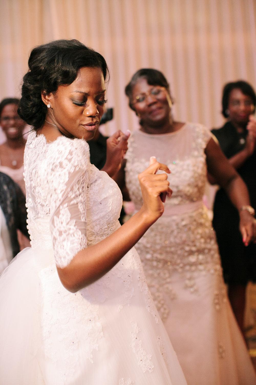 0041_Royal_Oaks_Country_Club_Wedding.jpg
