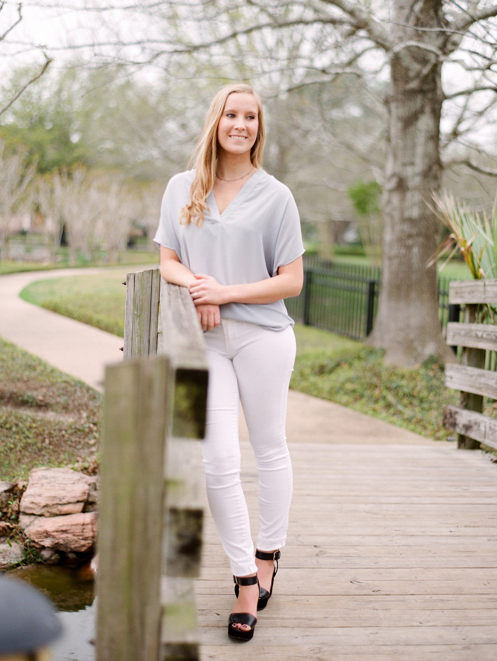0105_Houston-Senior-Photographer-Episcopal-High-School.jpg
