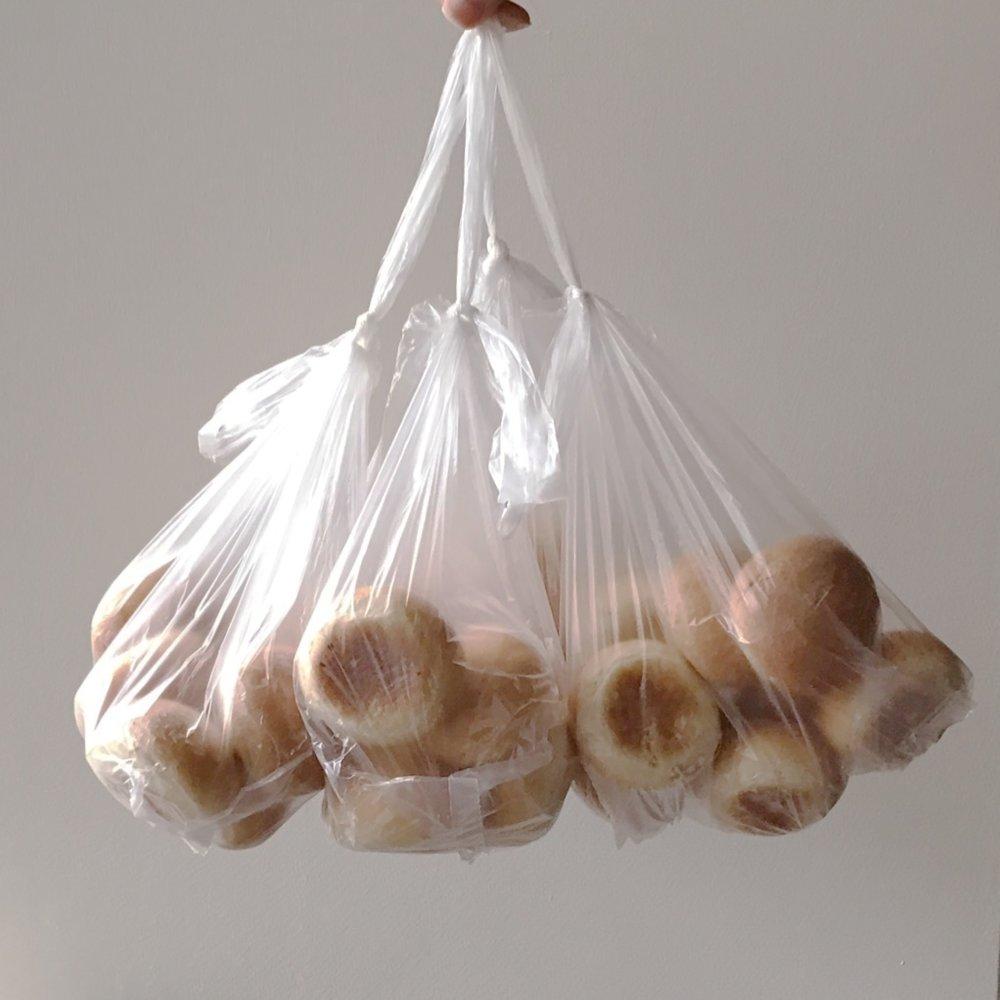 grocery-store-rolls.jpg