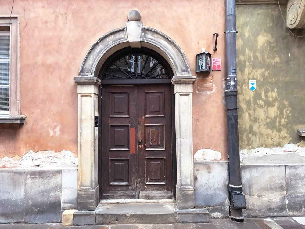 doors-in-warsaw.jpg