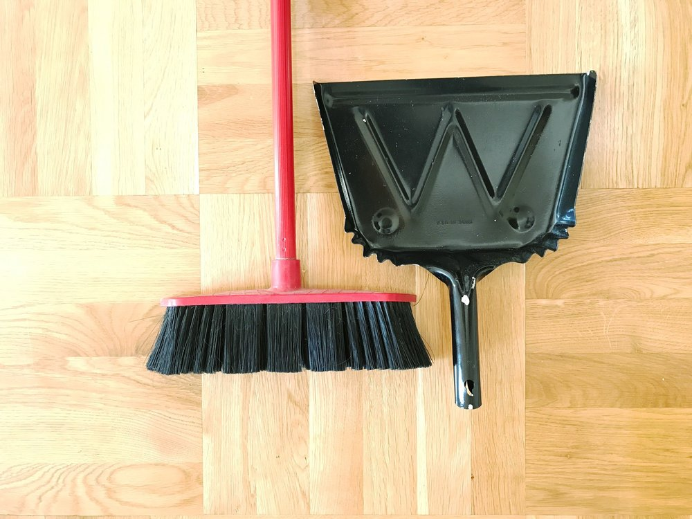 broom-and-dustpan.jpg