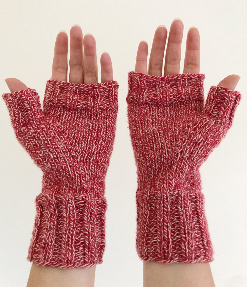 Good Time Fingerless Mits knit in red and white yarn