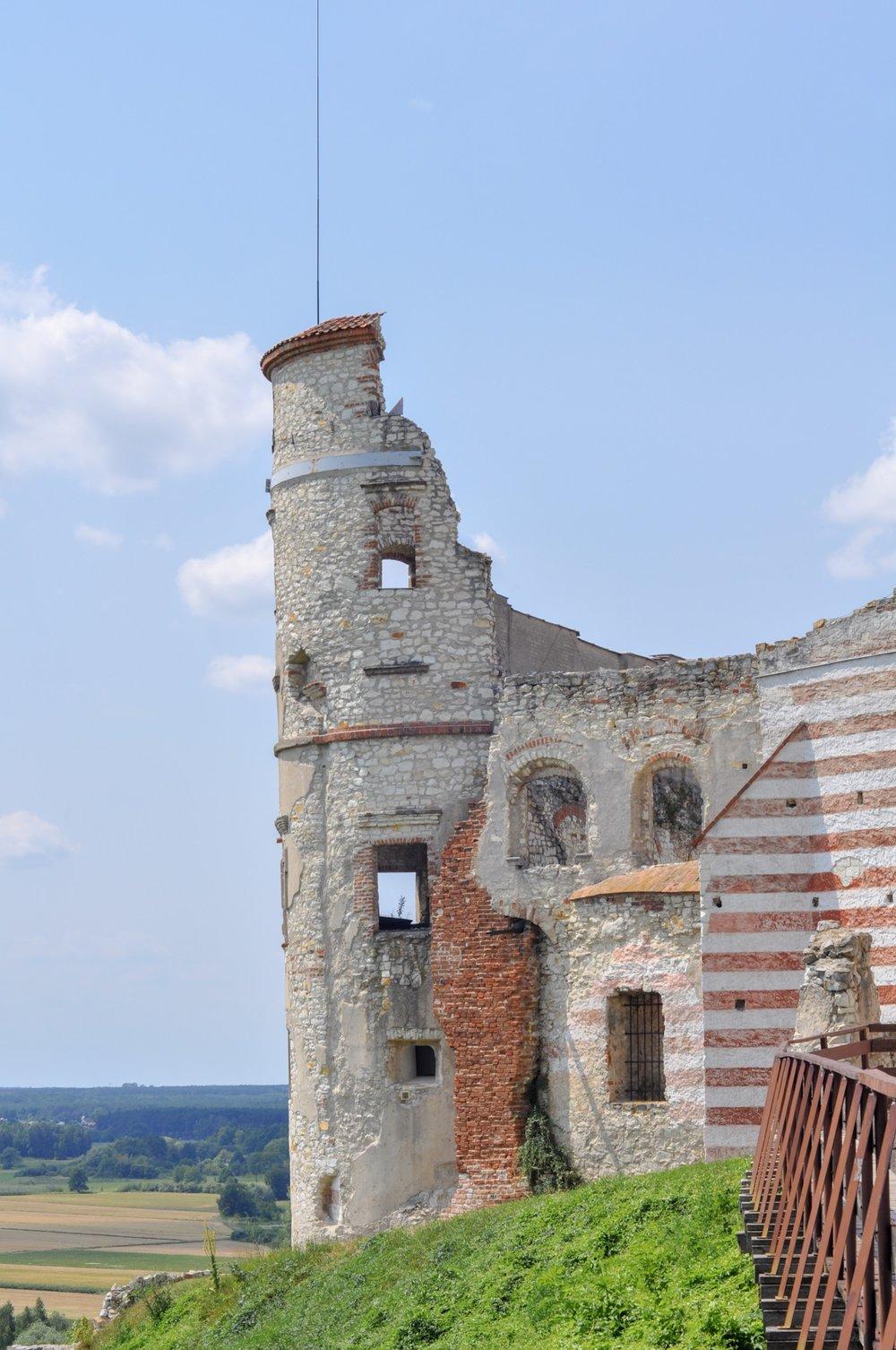 Janowiec Castle, Poland