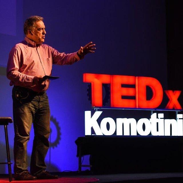 """Φίλοι του TEDxKomotini, τα videos που σας υποσχεθήκαμε είναι γεγονός! Μπορείτε να παρακολουθήσετε ολες τις ομιλίες στο YouTube, στο κανάλι TEDx talks, ξεκινωντας με την ομιλία του Κωνσταντίνου Γατσιου """"Η επανάσταση της λογικής στην Ελλάδα της κρίσης"""" 💡 #tedxkomotini #tedxkomotini17 #tedx #talks #ideas #worthspreading #revolutionoflogic #komotini #picoftheday #instadaily"""