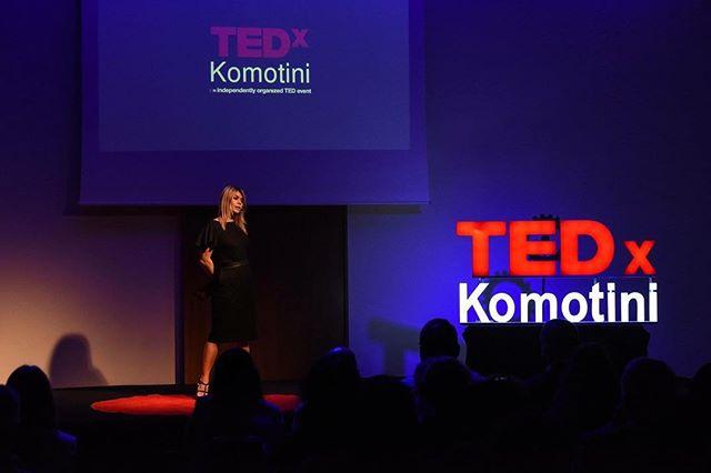 """Νεφέλη Γεωργαλα: """"Οι bloggers είναι άνθρωποι της διπλανής πόρτας που απέκτησαν φωνή. Το να ακολουθείς το όνειρο σου είναι σημαντικό."""" Η ομιλία της βραβευμένης fashion blogger πλέον διαθέσιμη στα κανάλια μας σε Facebook και YouTube! #TEDxKomotini17 #RevolutionOfLogic #tedxkomotini #TEDxTalks #tedxspeaker #IdeasWorthSpreading #ideas #worthspreading #komotini #video #speech"""