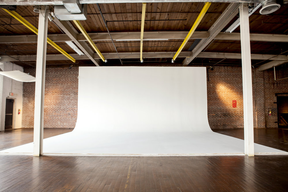 Ambient Studio Beauty 2099.jpg