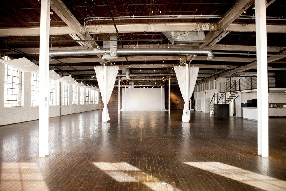 Ambient Studio Beauty 2076.jpg