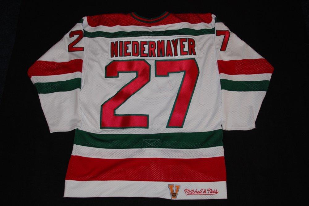 NJ Devils - NIEDERMAYER 27