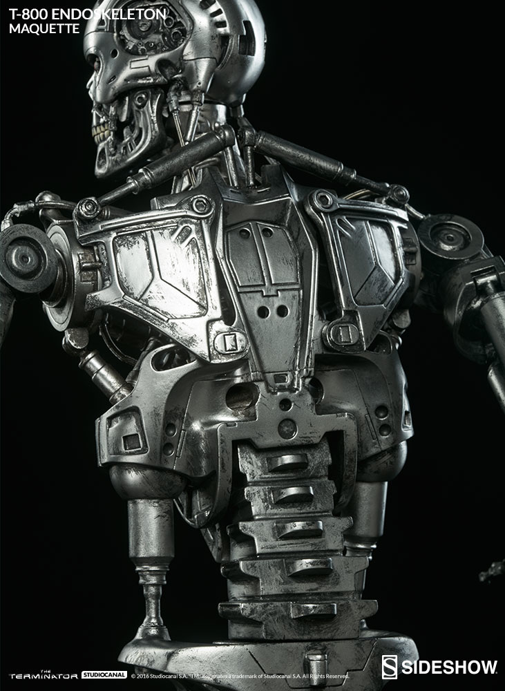 the-terminator-t-800-Q-scale-maquette-300157-15_731.jpg