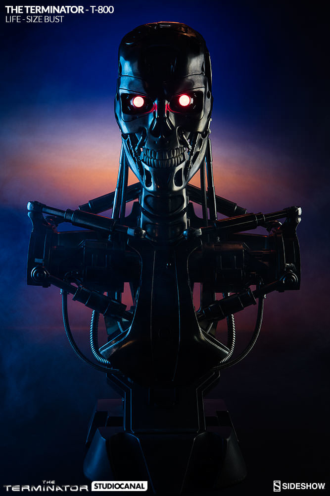 sideshow-terminator-t-800-life-size-bust-400219-04_667.jpg