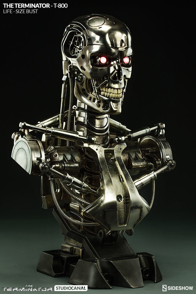 sideshow-terminator-t-800-life-size-bust-400219-05_667.jpg