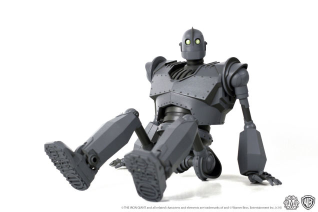 Iron-Giant-figure-Mondo-1ig1_636.jpg