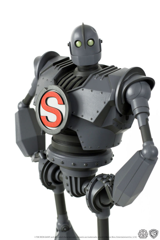 Iron-Giant-figure-Mondo-1ig4_636.jpg