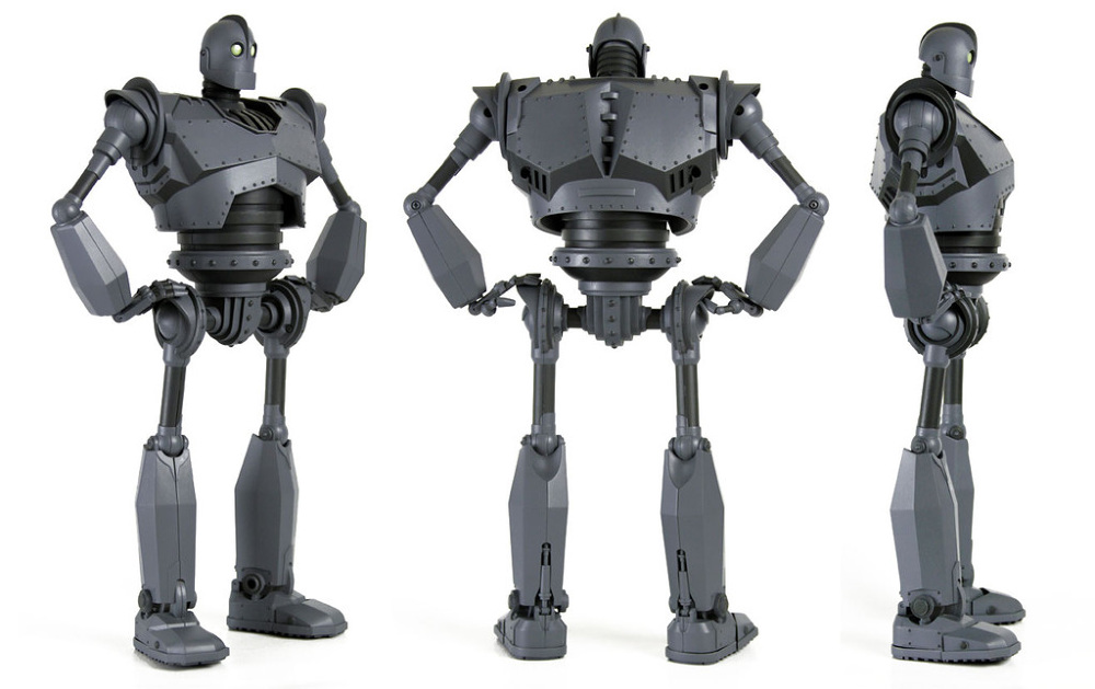 Iron-Giant-figure-Mondo-1IG8_1000.jpg