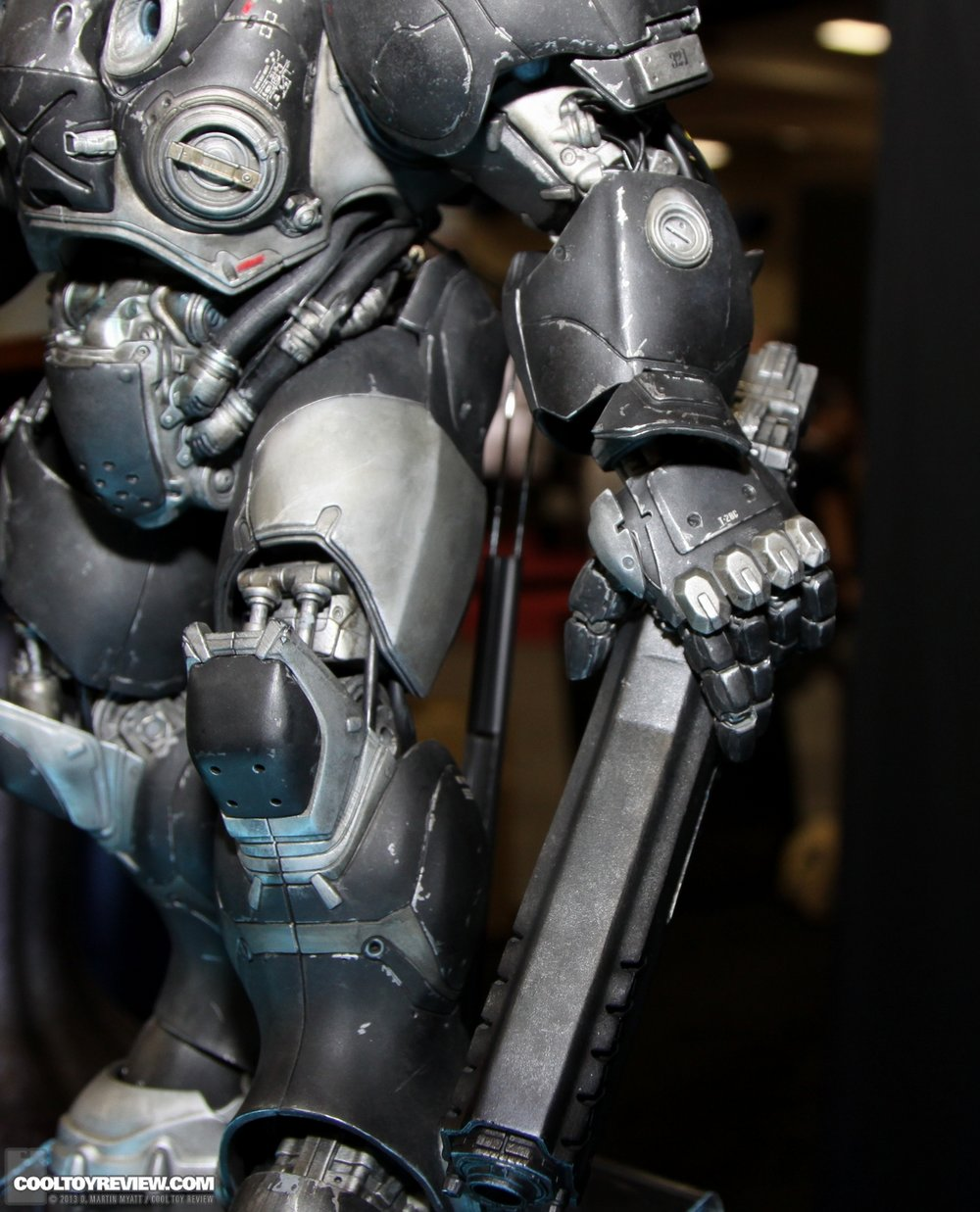 Starcraft-Marine-Raynor-SDCC_2013_Sideshow_Collectibles_Wed-027_o.jpg