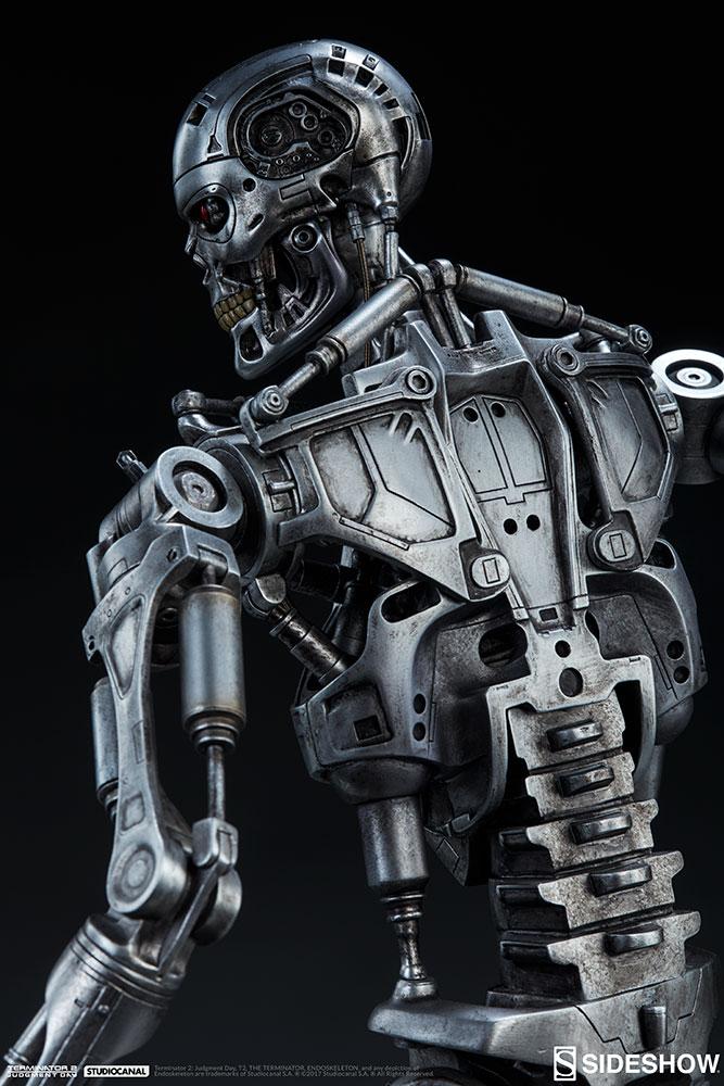 terminator-2-terminator-t-800-endoskeleton-maquette-sideshow-300157-28.jpg