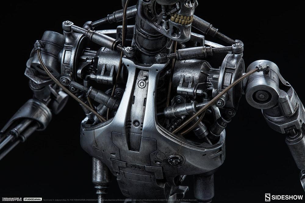 terminator-2-terminator-t-800-endoskeleton-maquette-sideshow-300157-24.jpg
