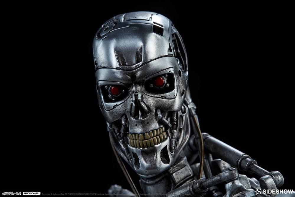 terminator-2-terminator-t-800-endoskeleton-maquette-sideshow-300157-17.jpg