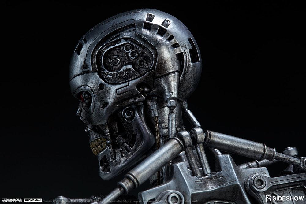 terminator-2-terminator-t-800-endoskeleton-maquette-sideshow-300157-18.jpg