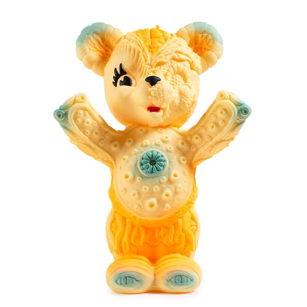vinyl-free-hugs-bear-10-figure-by-frank-kozik-9.jpg