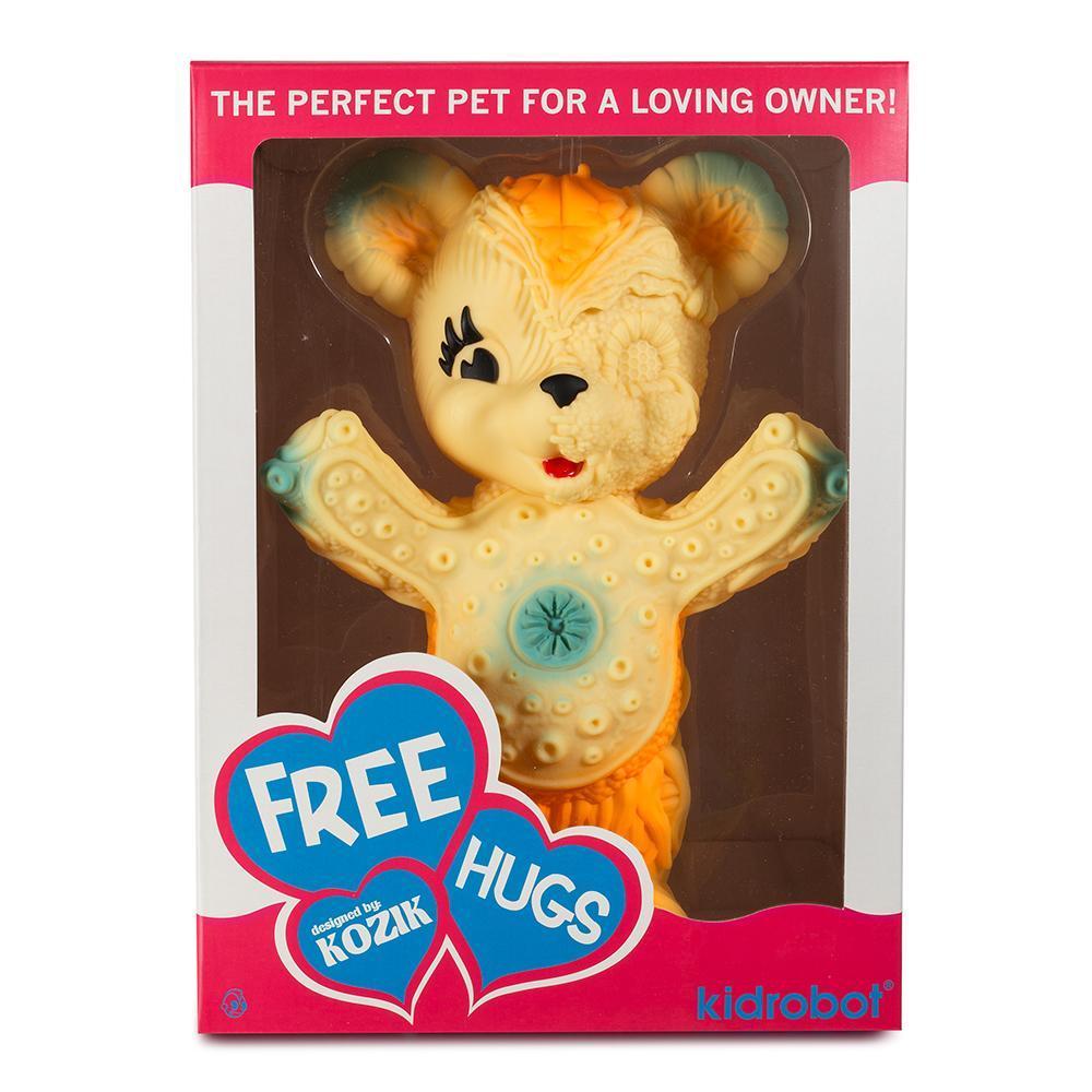 vinyl-free-hugs-bear-10-figure-by-frank-kozik-15.jpg