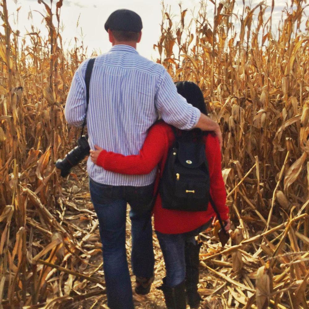 pat-mel-corn-maze.jpg