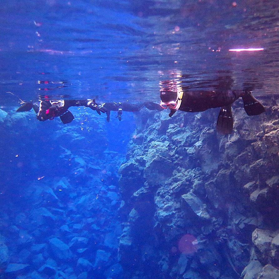 silfra-snorkeling-01.jpg